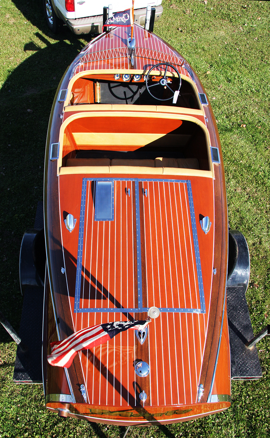 Chris Craft 1940 17' Barrel Back Runabout