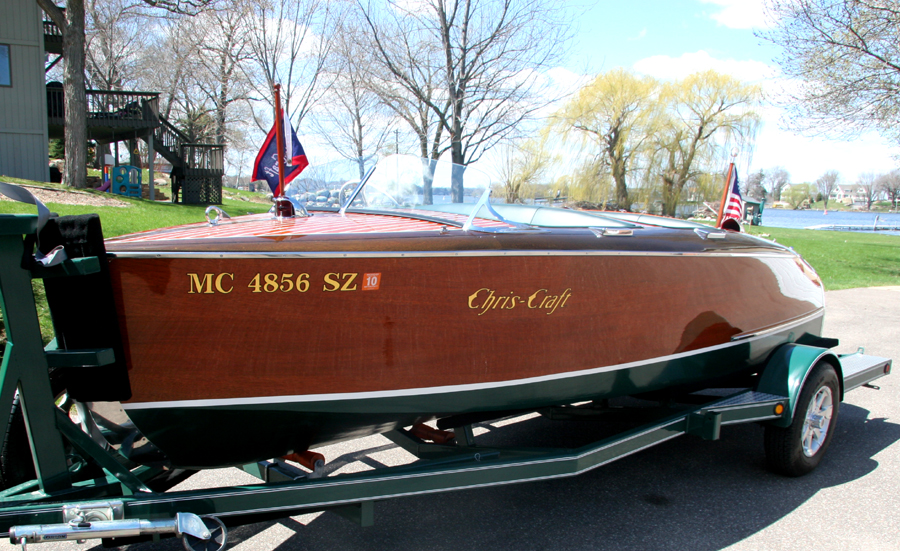 Chris Craft 17' Barrel Back