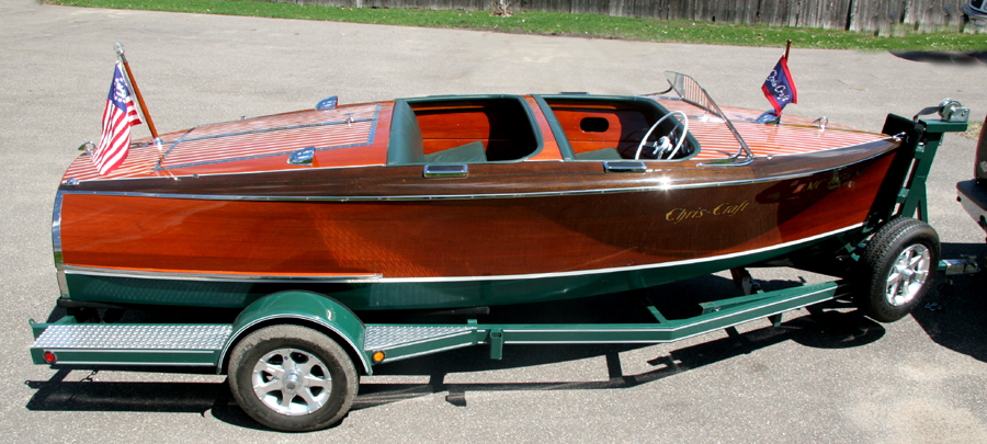 1942 17' Chris Craft Barrel Back Antique Boat