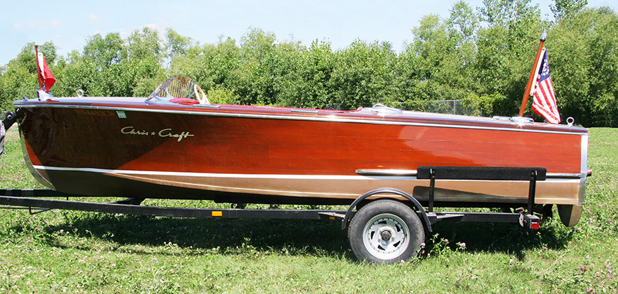 17' Deluxe Runabout