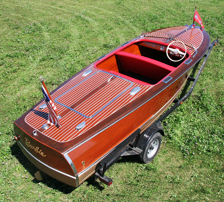 Chris craft 1947 17 39 deluxe runabout for Chris craft boat restoration