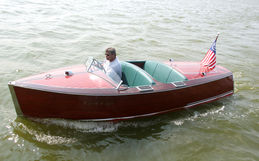 1938 17 Chris Craft Deluxe Runabout For Sale