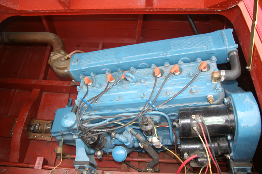 Chris Craft 6 cylinder engine