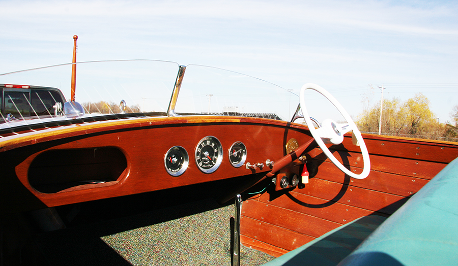 Chris Craft 17' Deluxe Runabout Dash Board and Gauges