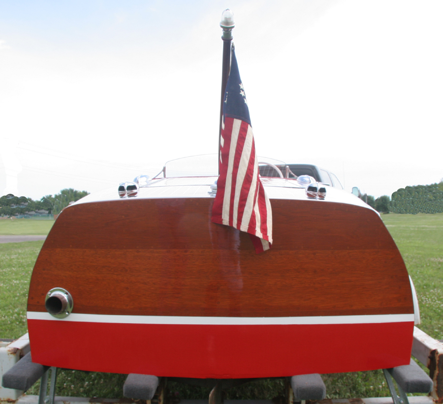 Classic Boats 1946 17 Chris Craft Deluxe Runabout