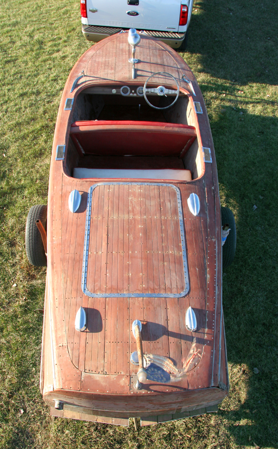1947 Chris Craft 17' Deluxe Runabout