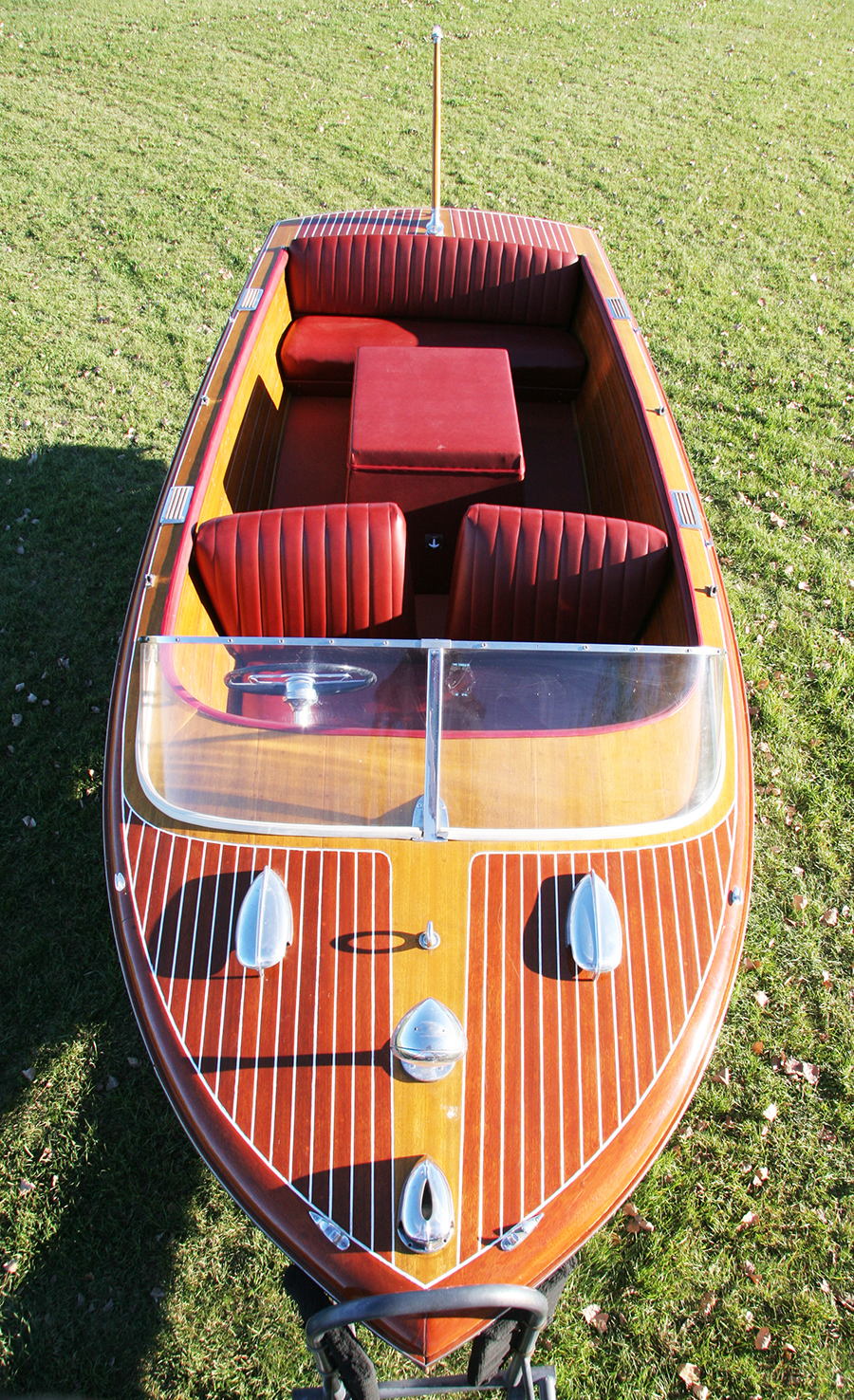 1958 18' Chris Craft Continental front view