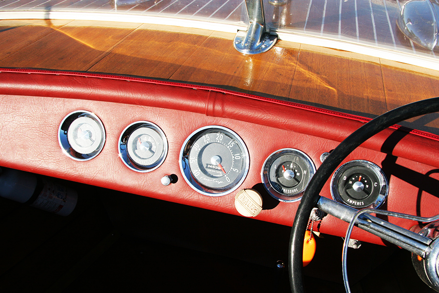1958 Chris Craft Continental dash board