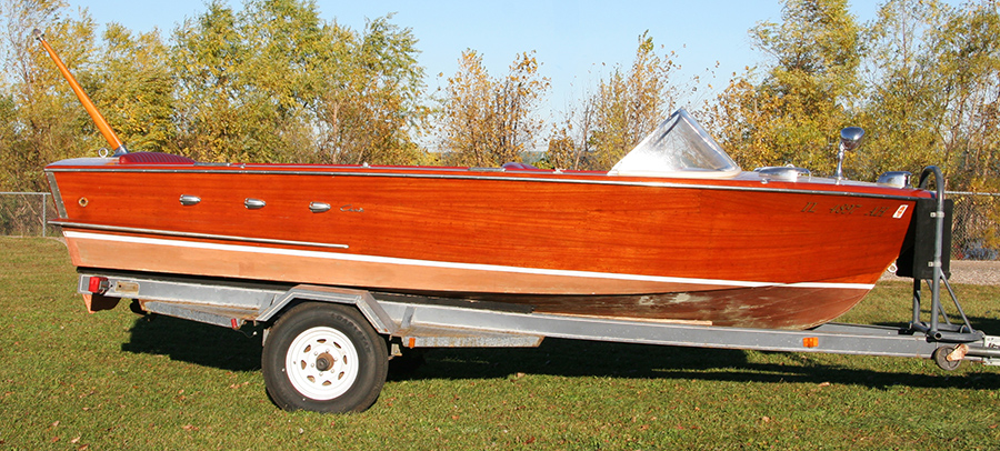 1958 Chris Craft 18' Continental Classic Wooden Boat