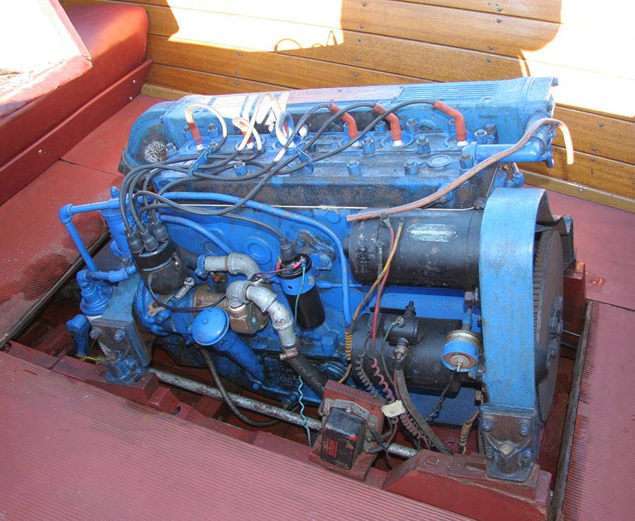 Classic Chris Craft KFL engine | Hercules