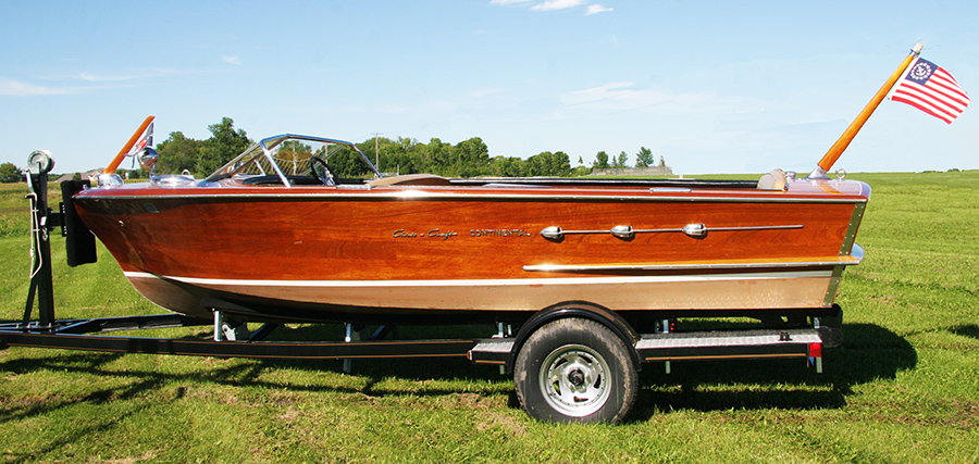 18' Chris Craft Continental Classic Boat