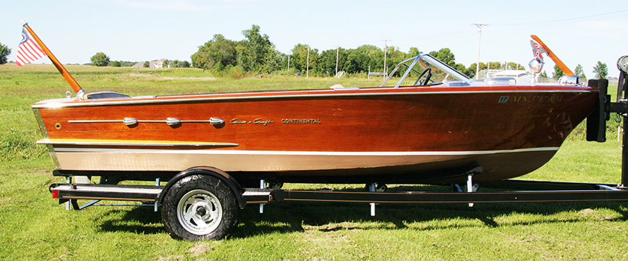 Classic Chris Craft 18' Continental Utility