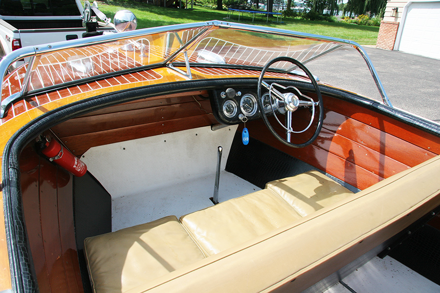 18' Chris Craft Continental dash board and steering wheel