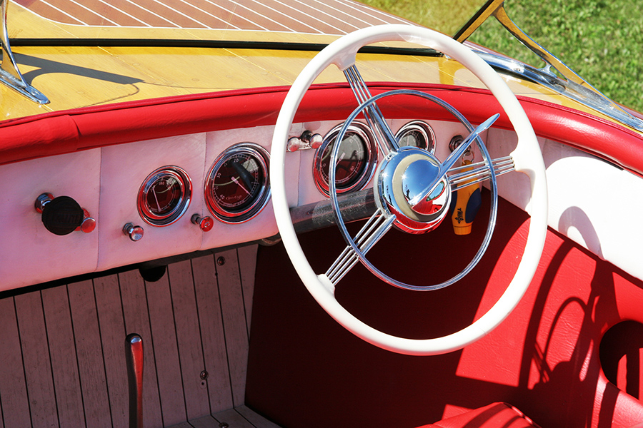 Chris Craft 1950 18' Riviera Steering Wheel and Dashboard
