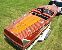1960 19 ft Chris Craft Capri