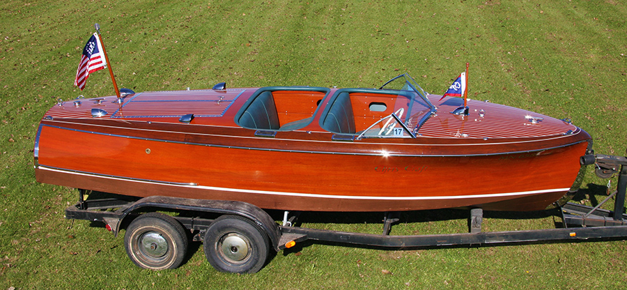 1941 19' Chris Craft Barrel Back Custom Runabout
