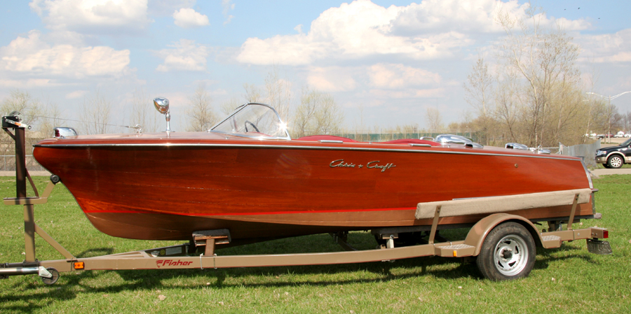 1957 19 39 chris craft capri runabout for Chris craft boat restoration