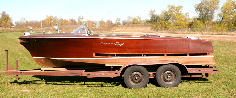 1955 19 39 chris craft capri for Chris craft boat restoration