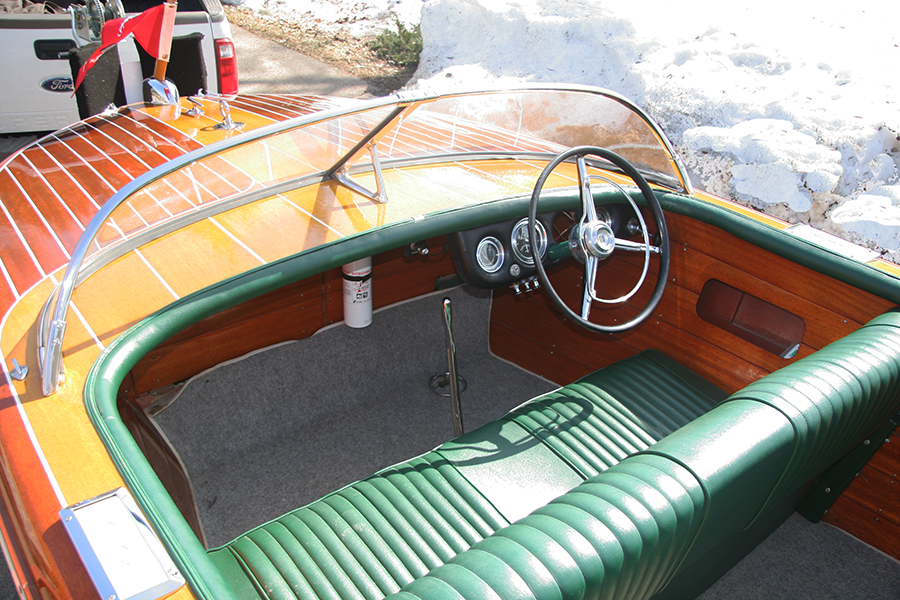 1956 19' Chris Craft Capri for sale - Dashboard and Steering Wheel