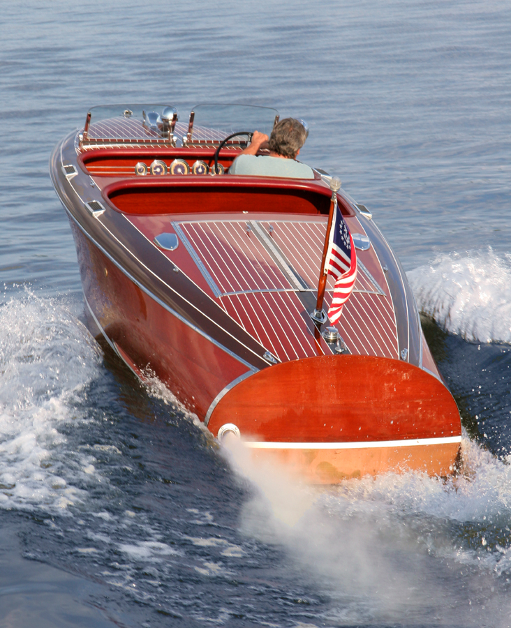 Chris Craft Barrel Back