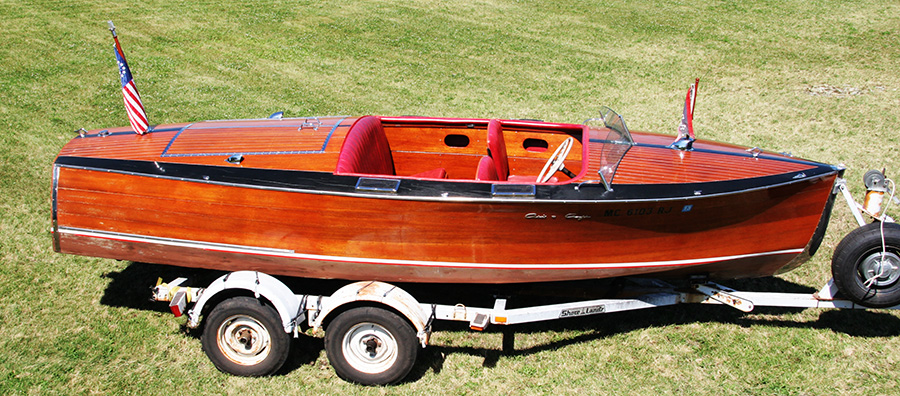 1936 Chris Craft Custom Runabout starboard