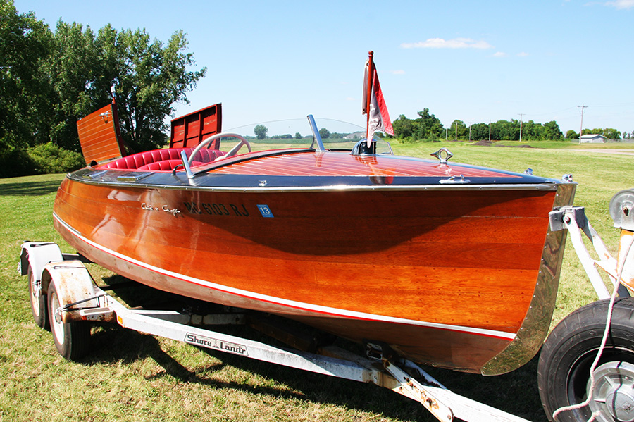 1936 Chris Craft Custom Runabout bow