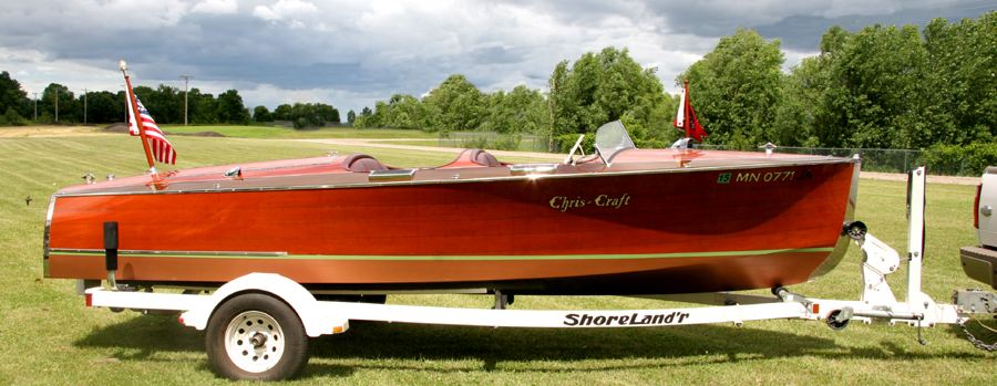 19' Chris Craft Custom Runabout, starboard side view