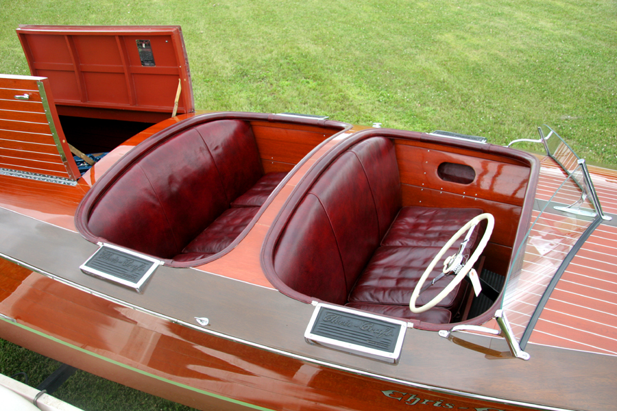 1938 19' Chris Craft Custom Runabout upholstery