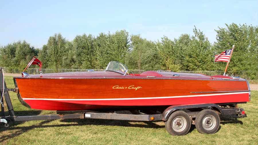 Side View of 1954 19' Chris Craft Racing Runabout for sale with MBL engine