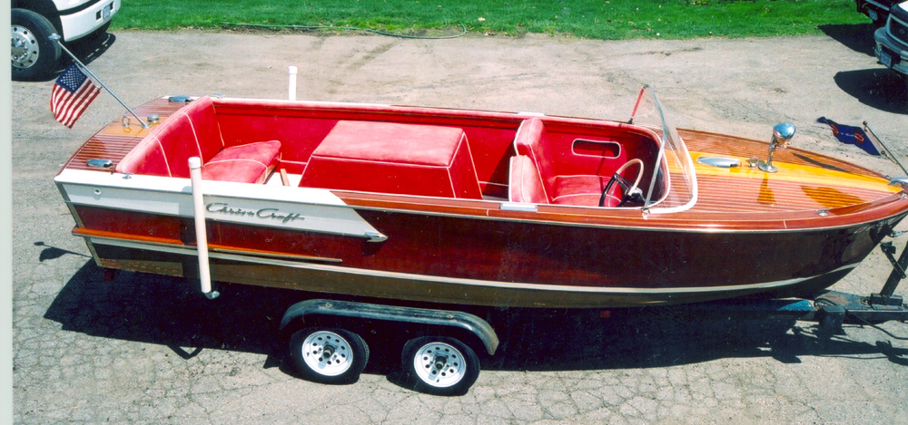 Classic Wooden Boat- 19' Chris Craft Continental