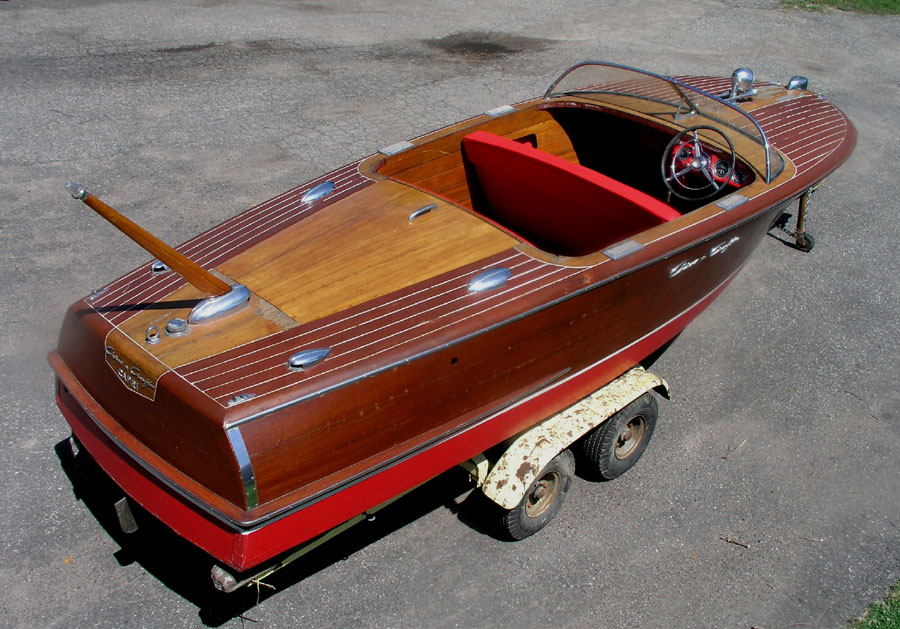 Chris Craft Classic Boats submited images.