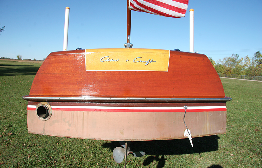 1954 20' Chris Craft Riviera transom