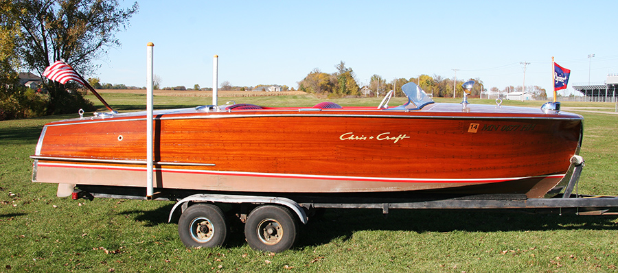 1954 20' Chris Craft Riviera starboard side view