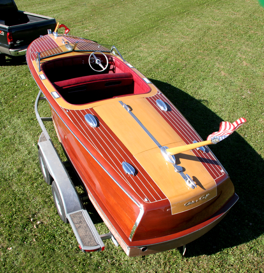 classic boats - 1946 20' Custom Runabout