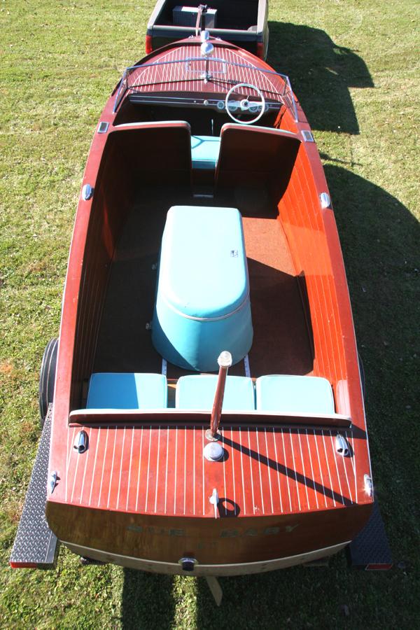1946 22 Chris Craft Sportsman Classic Wooden Boat