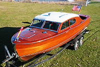 25' Chris-Craft Sportsman Sedan Classic Wooden Boat