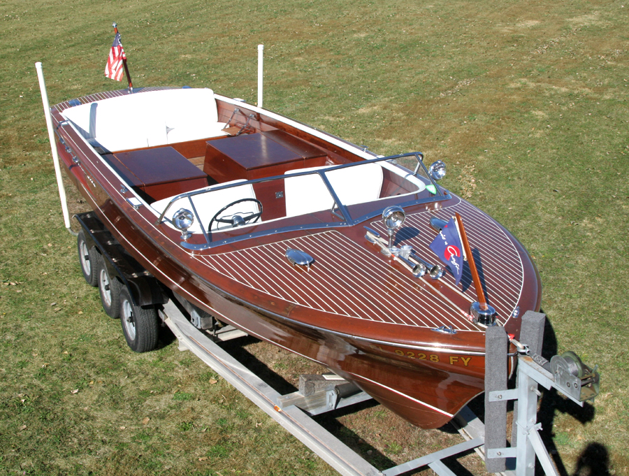 1956 26' Chris Craft Continental with Twin Engines