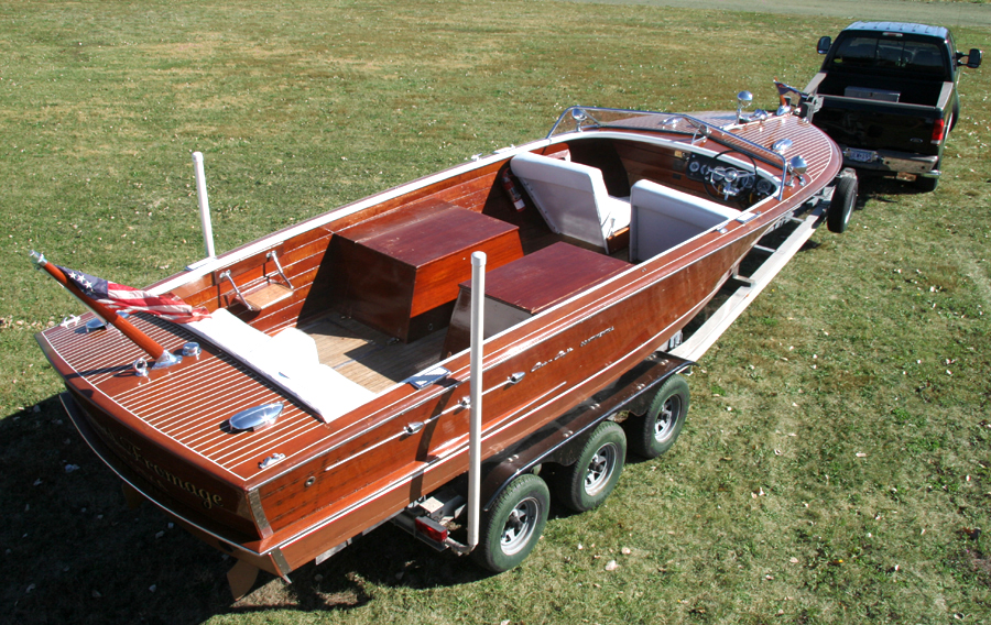 1956 26' Chris Craft twin engine Continental, rare