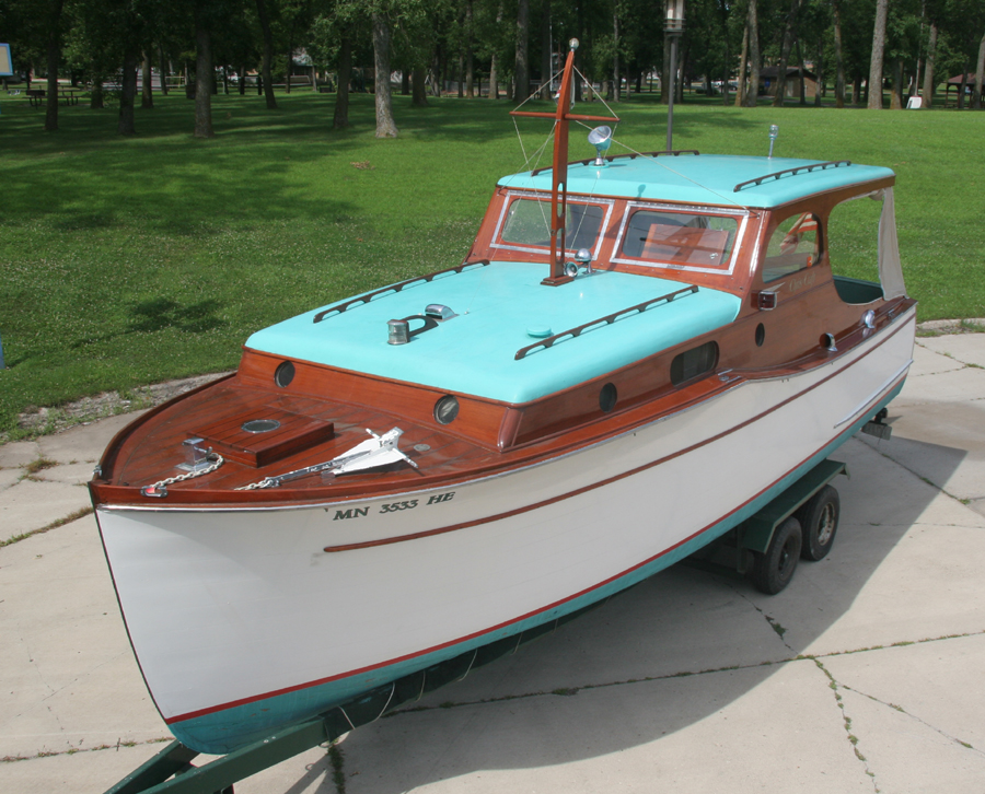1936 Chris Craft 28' Wooden Cabin Cruiser for Sale