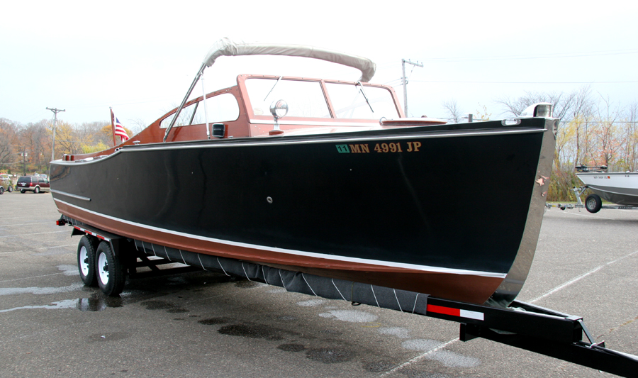 Antique Boats - 29' Sportsman Twin Engine