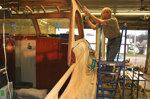Chris Craft Commander restoration project