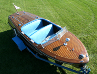 1949 17 ft Deluxe Runabout