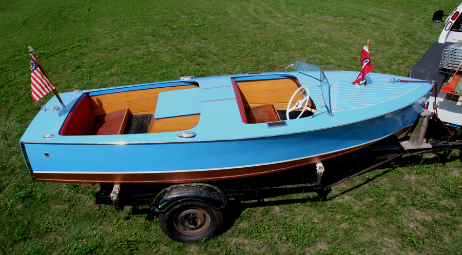 Classic 1946 16' Rocket Runabout Chris Craft for Sale