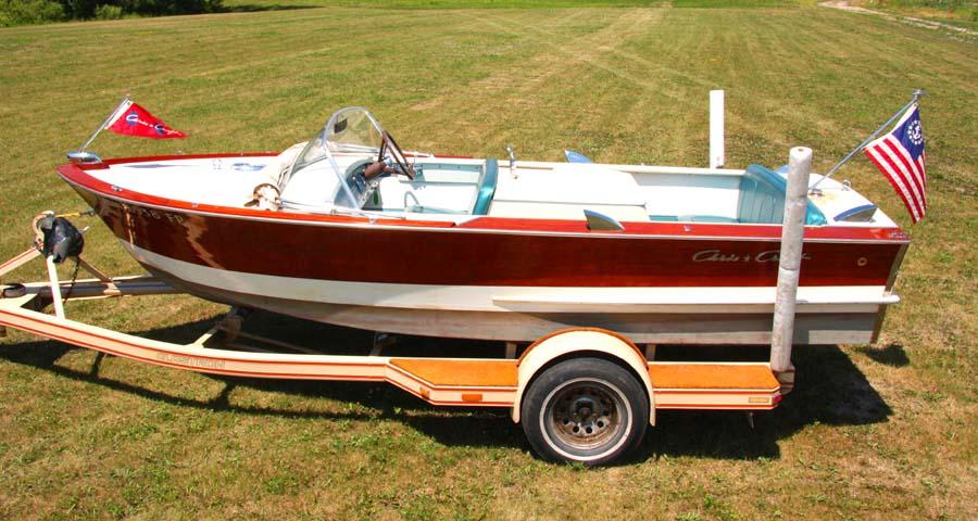 1964 17 Chris Craft Ski Boat