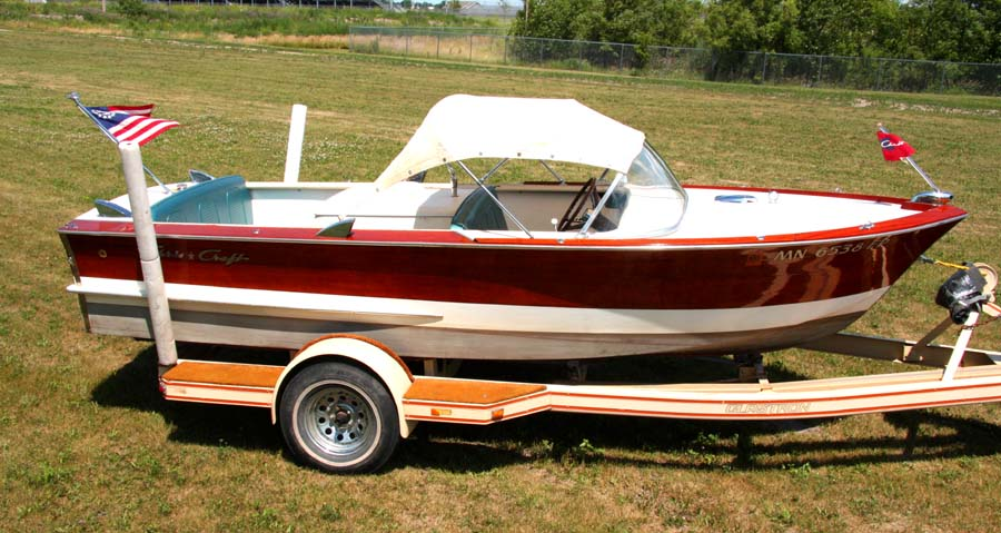 1964 17' Classic Chris Craft Ski Boat