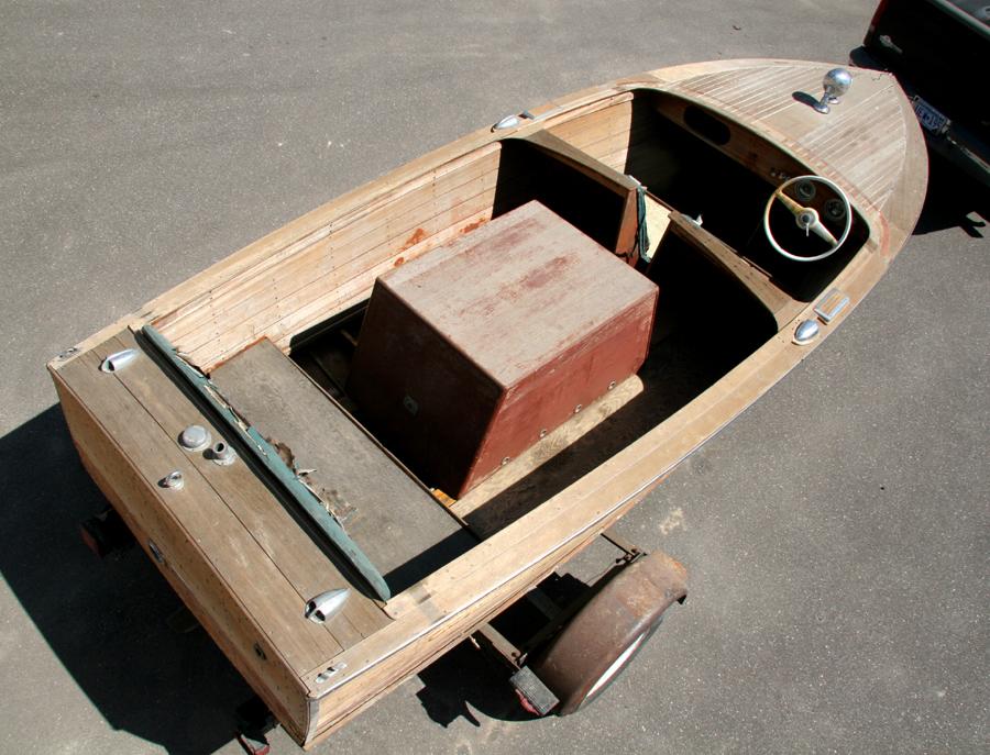 Antiqu Boats - 17 foot