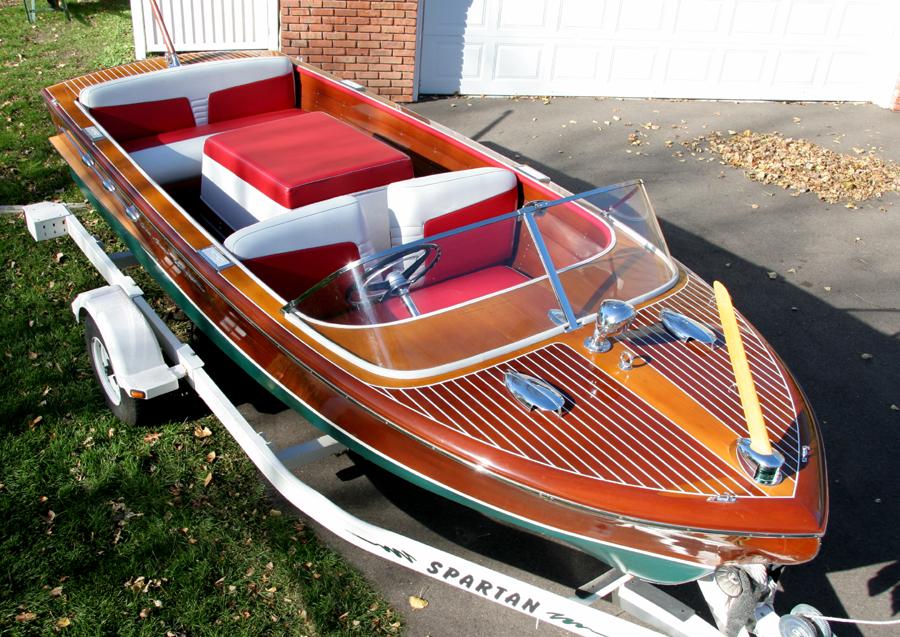 1957 Chris Craft Continental 1957 18' Chris Craft