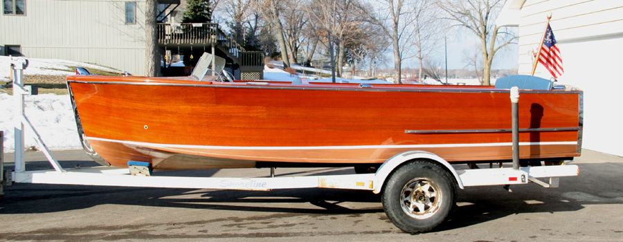 1951 18' Chris-Craft Sportsman Classic Wooden Boat