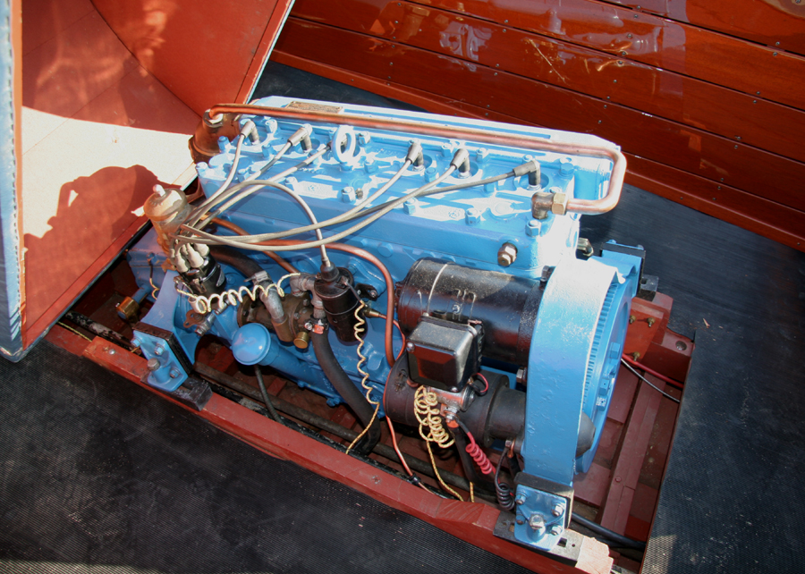 Chris Craft Model K engine