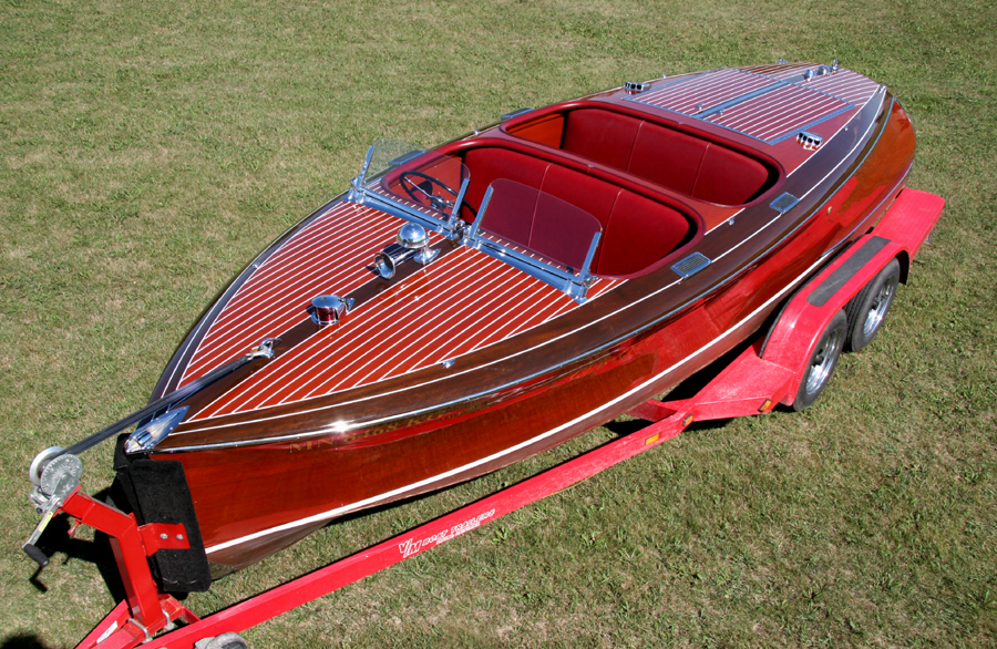 1940 19' Chris Craft Custom Runabout Barrel Back